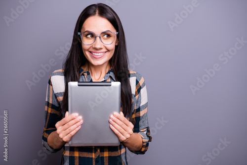 Valokuva  Close up photo beautiful amazing she her lady hold hands arms e-reader clever ey