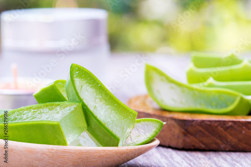 Fototapety, obrazy: Fresh aloe vera leaf slice for skin care and very useful natural herbel medicine