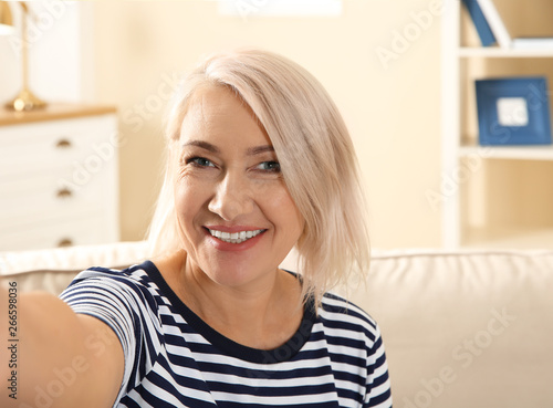 Mature woman for chat