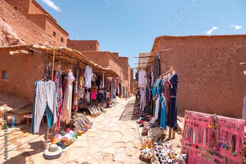 Foto auf Gartenposter Marokko Street Market in Ait Benhaddou Kasbah, Morocco