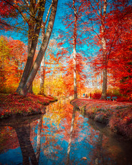 Panel Szklany Do salonu Beautiful Autumn Scenery in Park in Munich, Germany