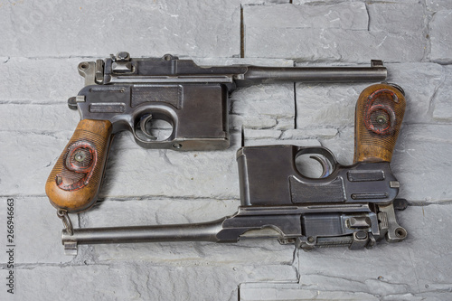 Valokuva  Pistolets de collection