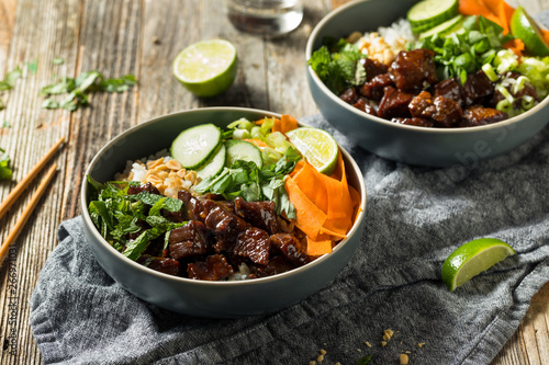Photo  Homemade Thai Beef and Rice Bowl
