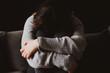 canvas print picture - Verzweifelte und traurige  junge Frau