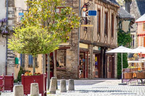 Fényképezés Rochefort-en-terre. Rue du village. Morbihan. Bretagne