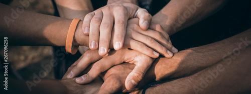 Fotomural Teamwork Join Hands Support Together Concept
