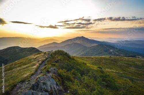 Fototapeta Panorama Bieszczad widziana z Połoniny Wetlińskiej obraz
