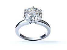 Close-up Diamond Engagement Ri...