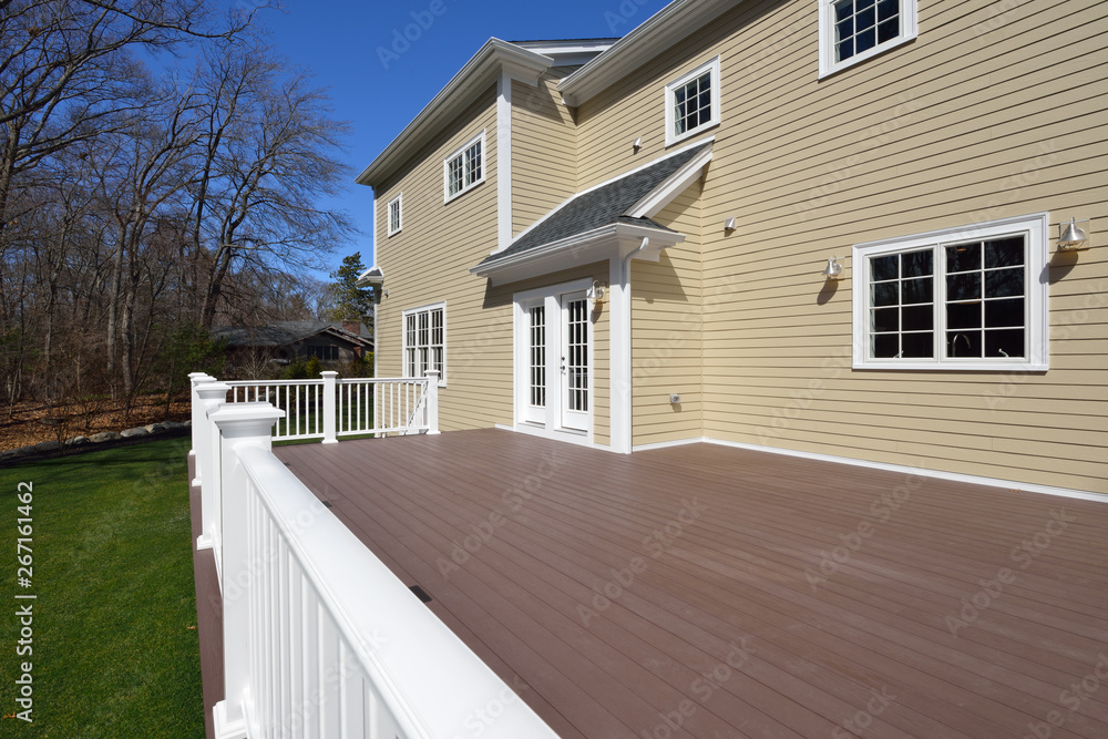 Fototapeta Large New Deck in House Backyard - obraz na płótnie
