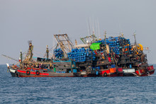 Industrial Fishing - Large Ind...