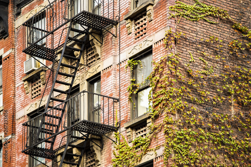 Valokuva Close-up view of New York City style apartment buildings with emergency stairs along Mott Street in Chinatown neighborhood of Manhattan, New York, United States