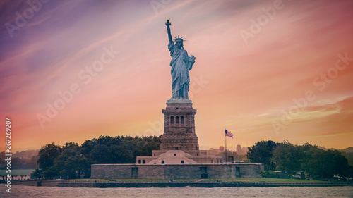 new york statue of liberty Wallpaper Mural