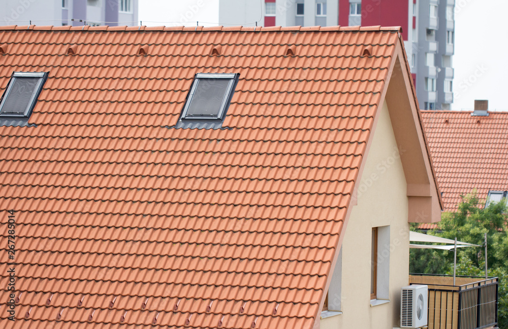 Fototapety, obrazy: red tile roof on residential house