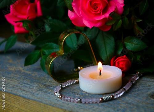 rosen herz und kerze