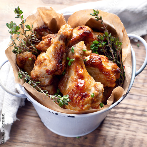 Tuinposter Europa Fried Chicken Wings
