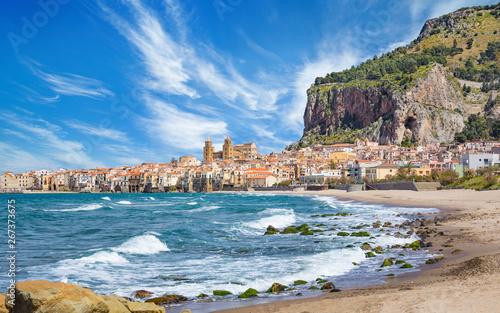 Foto op Plexiglas Palermo Long beach and blue sea near Cefalu, Sicily, Italy