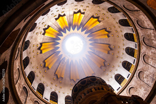 Canvas Print The interior of Church of the Holy Sepulchre, where Jesus was buried in the traditional belief