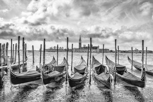 Obrazy Wenecja  gondola-in-venice-in-italy