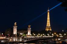 Eiffel Rays