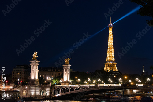 Fotografie, Obraz Eiffel Rays
