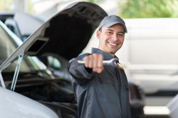 Van service mechanic