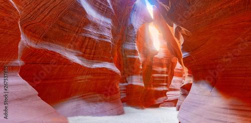 antelope-canyon-to-kanion-szczelinowy-w-poludniowo-zachodniej-czesci-ameryki