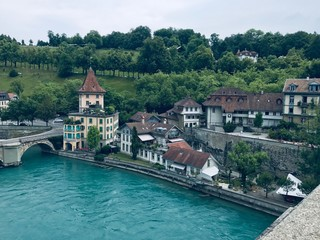 Fototapeta na wymiar Bern Lake and Houses