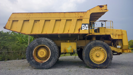 Big and heavy Yellow dump t...