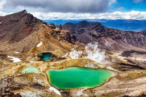 Emerald lakes on Tongariro Alpine Crossing Track, Tongariro National Park, New Z Fototapet