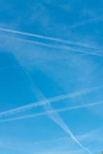 Air Polution In Sky Between 7 ...