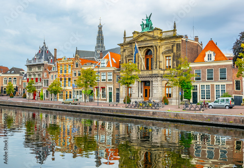 Valokuva Teylers museum situated next to a channel in the dutch city Haarlem, Netherlands
