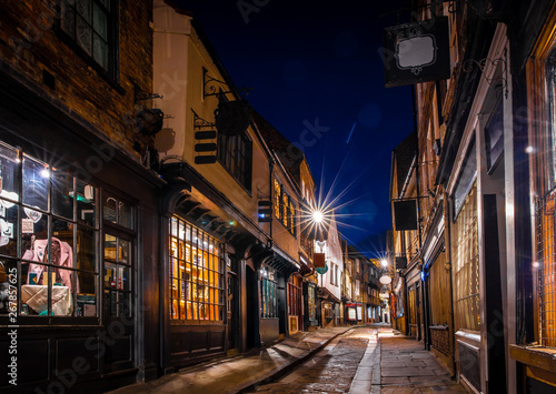 Photo  Medieval street of Shambles in York, England