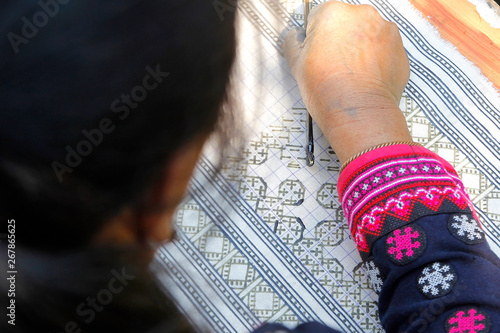 Fényképezés hmong hilltribe writing candles to made traditional cloths