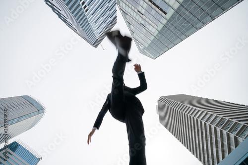 Obraz ジャンプするビジネスマン - fototapety do salonu