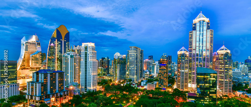 In de dag Bangkok Panorama View commercial modern building and condominium in city downtown Bangkok Thailand