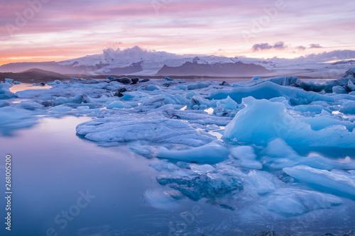 Foto op Aluminium Poolcirkel Thawing icebergs