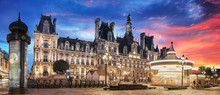 Paris City Hall (Hotel De Vill...