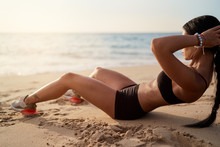 Abs Workout - Fitness Woman Wo...