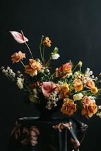 Florist In Studio Building A S...