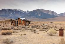 Abandoned Cabin Sierra Nevada