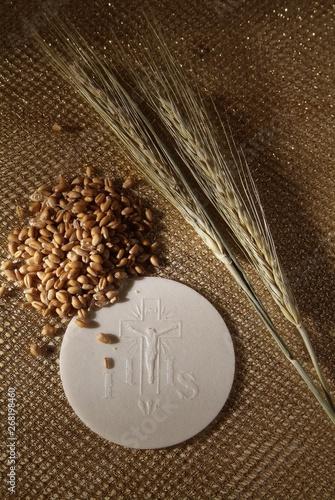 Valokuva  Sacrament of communion, Eucharist symbol