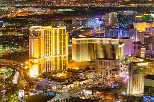 Foto auf Leinwand Las Vegas LAS VEGAS, NV - JUNE 29, 2018: Aerial night view of main city Casinos. Las Vegas is known as the Sin City, City of Lights, Gambling Capital of the World