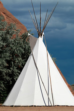 American Indian, Traditional Tee Pee.