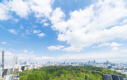東京風景 令和元年5月 緑と青空 スカイツリーから国立競技場まで都心を一望 大空