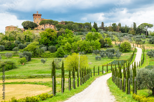 Foto  Landscape panorama from Tuscany, in the Chianti region