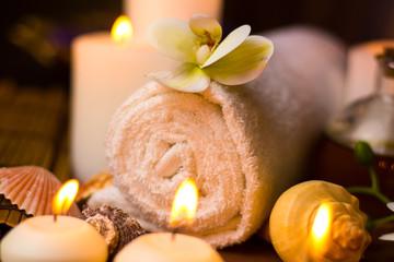 Obraz na płótnie Canvas Spa massage items