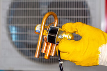 Air Conditioner Heat Pump System Solenoid Valve 4 Way Reversing Valve
