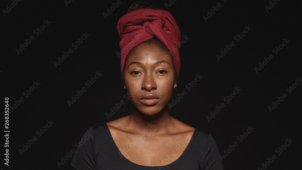 Fototapety, obrazy: Portrait of an african woman in a headwrap