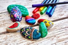 Hand-painted Colorful Pebble S...