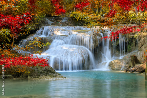 Foto auf Leinwand Wasserfalle Erawan Waterfall tier 1, in National Park at Kanchanaburi, Thailand